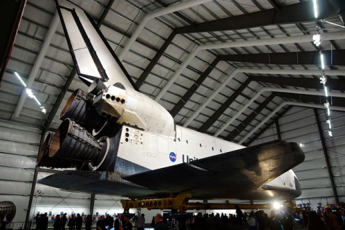 Endeavor at home in Los Angeles (shuttles are big)